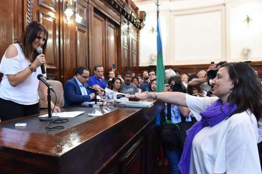 la plata: ileana cid es la nueva presidenta del concejo y el pj denuncio traicion de quien se quedo con la vicepresidencia