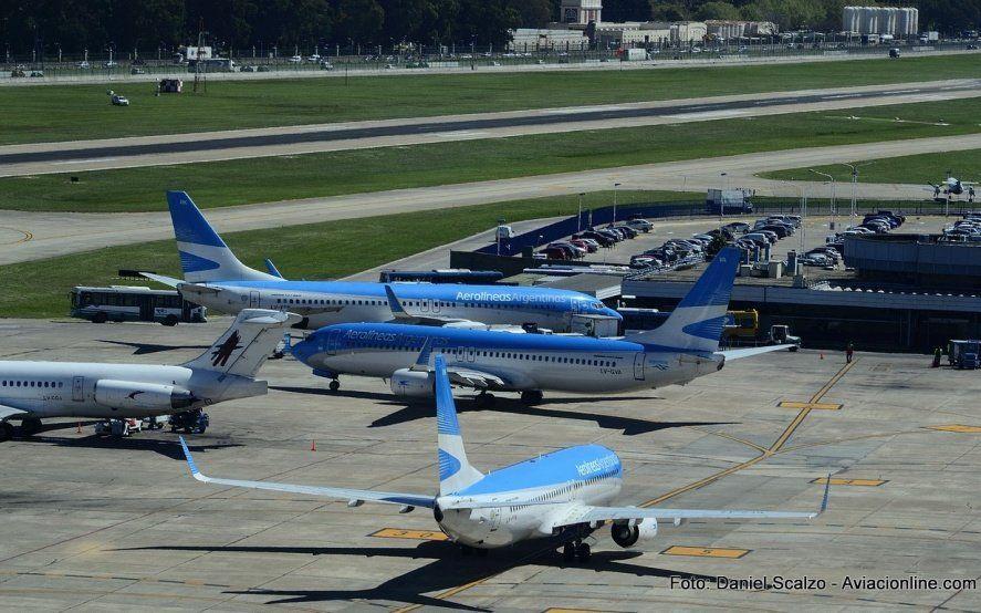 Tras la polémica, pilotos no expresarán sus reclamos en los aviones pero seguirán con la protesta