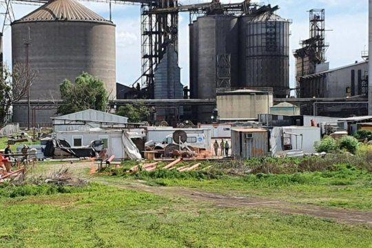 Tres trabajadores murieron asfixiados en un silo de una fábrica china en Junín