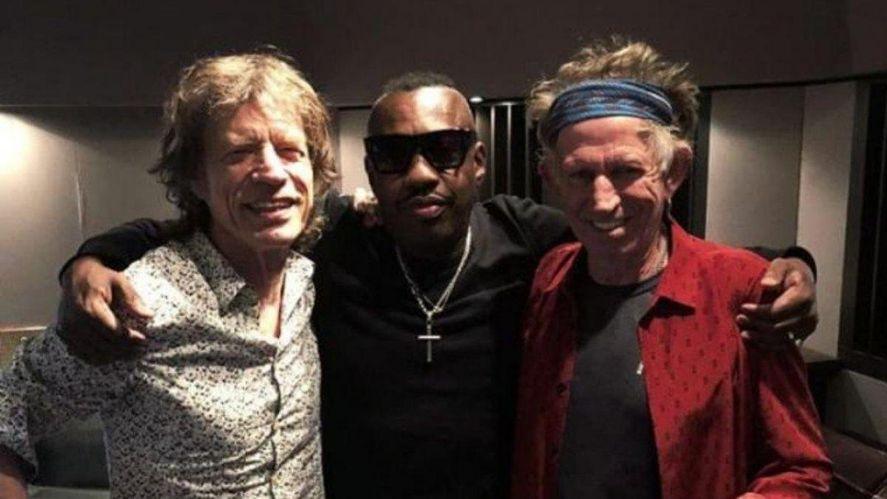 Charlie Watts fue reemplazado por Steve Jordan, miembro de los X-pensive Winos de Keith Richards y colaborador de los Stones.