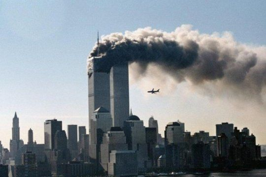 pequenas historias del atentado a las torres gemelas: el hilo de twitter con datos desconocidos del 11s