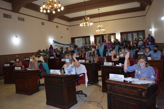 Sesión caliente en el Concejo Deliberante de Olavarría.
