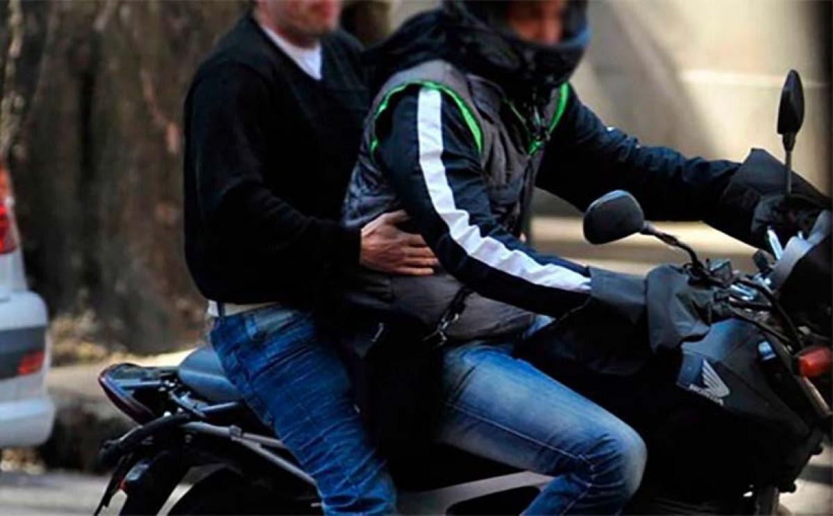 Buscan a dos motochorros que balearon a un delivery en Don Orione