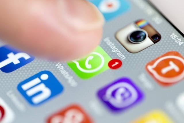 La Plata: Docente envió video porno a alumnos por Whatsapp