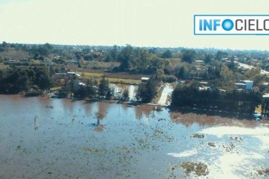 la inundacion desde el aire: las imagenes de villa elvira, desde el drone de infocielo