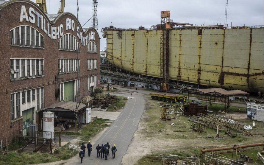 Denuncian que un acuerdo secreto entre YPF y una multinacional perjudicaría a Astillero Río Santiago