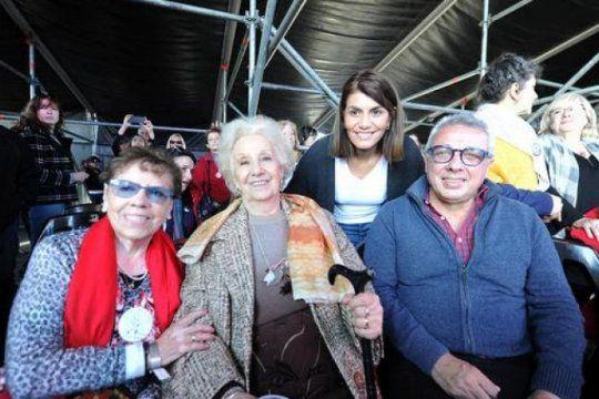 mas de 70 mil personas en el festival por los 40 anos de abuelas de plaza de mayo