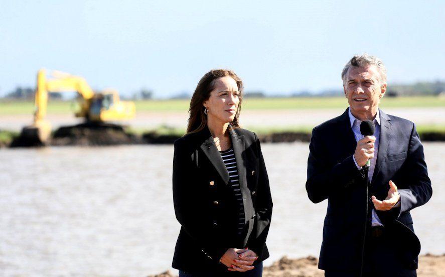 Una encuesta afirma que Macri le hace perder hasta cinco puntos a María Eugenia Vidal
