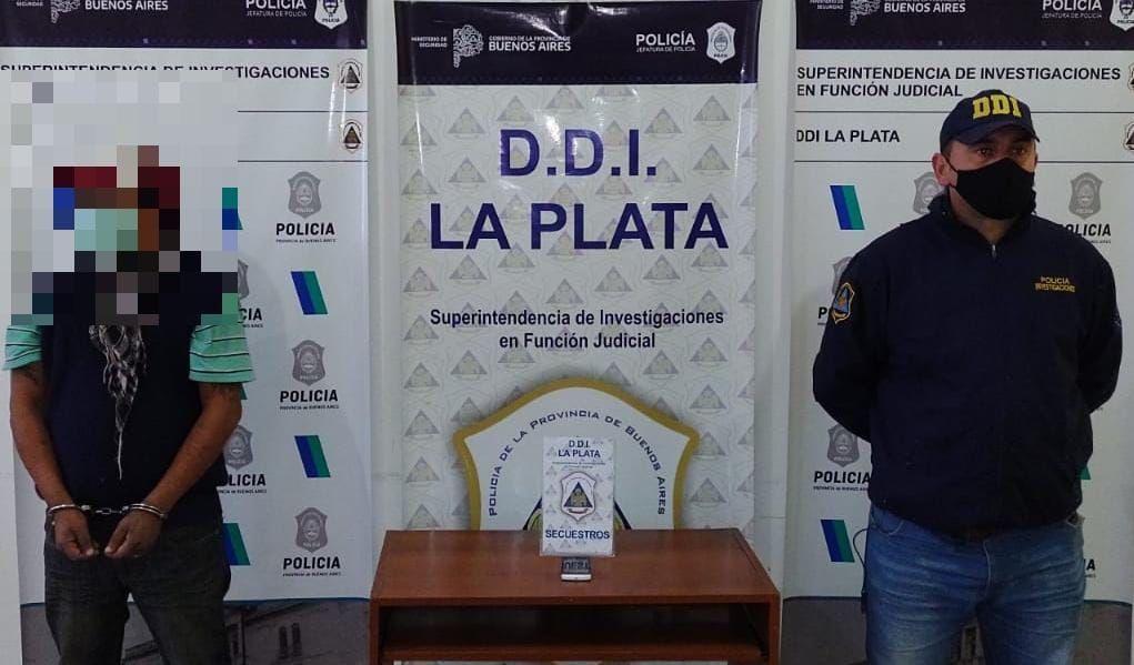 El sospechoso de cometer el violento robo fue detenido en la Plaza Moreno