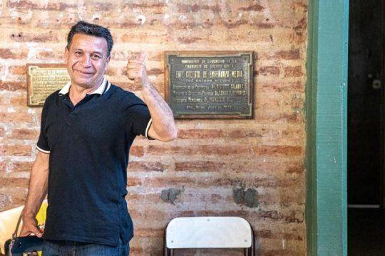 ni axel ni alberto: conoce a ?carlitos? rocha, el hombre que logro un resultado historico en la provincia