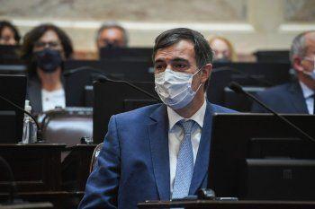 Esteban Bullrich volvió al Senado de forma presencial, y fue ovacionado.