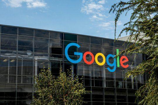 piden cobrarle un impuesto a facebook y a google para rescatar a los medios