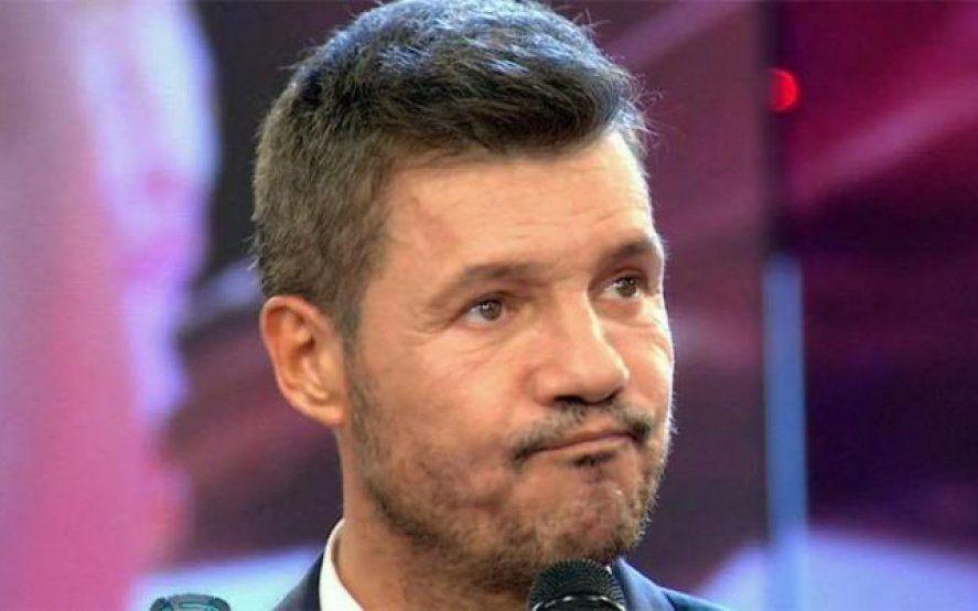 """Tinelli, en otra: mientras se define la vuelta del fútbol, tuitea sobre el """"Cantando"""""""