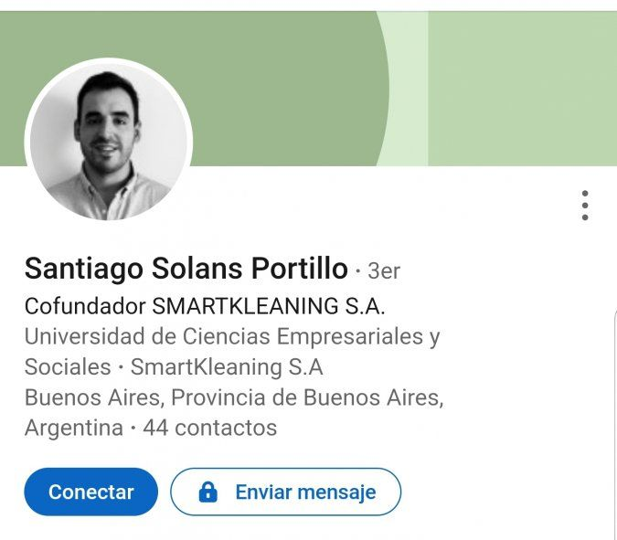 Perfil de Linkedin de Santiago Solans Portillo, el argentino que no mostró el PCR positivo que le dierom en la Florida e irresponsablemente abordó igual el vuelo. Lo detectaron en Ezeiza por su fiebre y quedo aislado y detenido