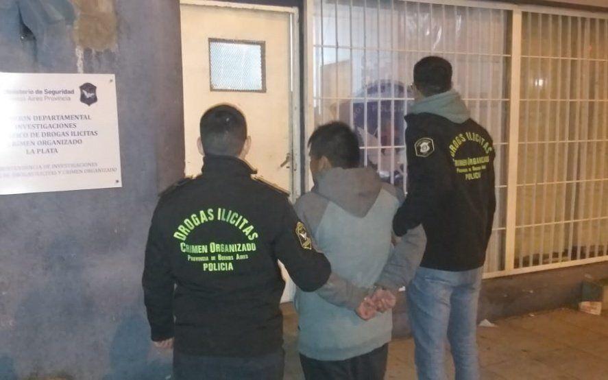 Berisso: cayó un hombre peruano que buscaban desde el año pasado por vender drogas