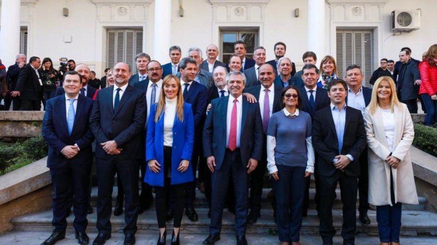 Alberto Fernández se reunirá en La Rioja con gobernadores