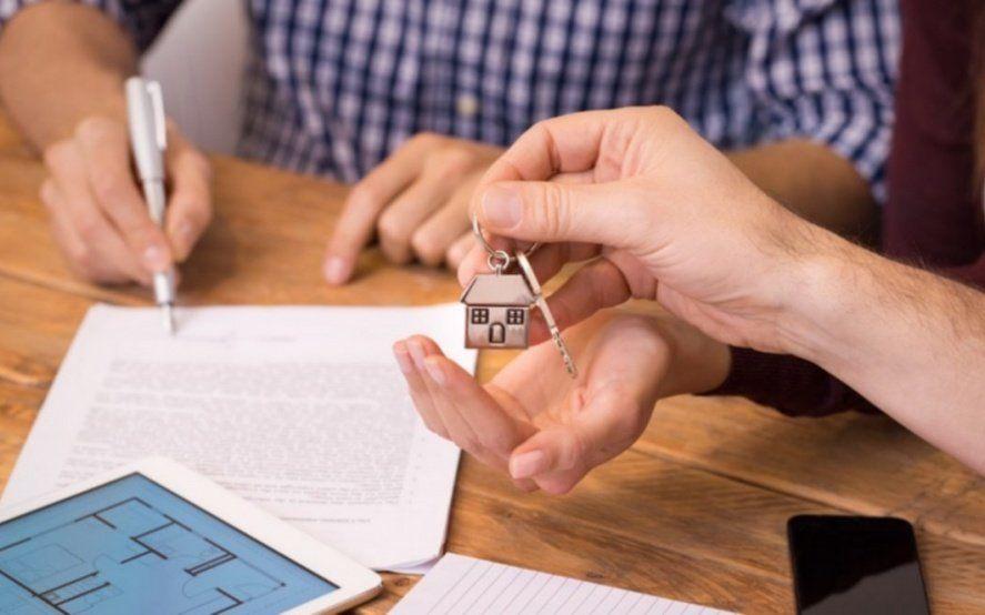 La compraventa de inmuebles cayó un 35,9% en febrero y suma otro mes a la baja