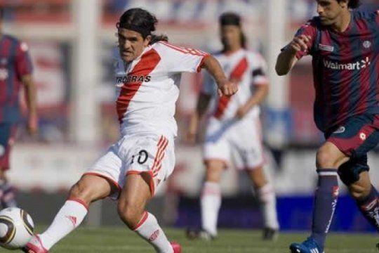 un multicampeon con river y un campeon en tres paises, debutaran como tecnicos en argentina