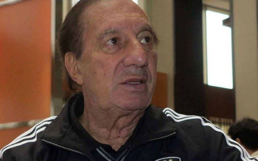"""La salud de Bilardo: """"Gracias a Dios, Carlos está muy bien"""""""