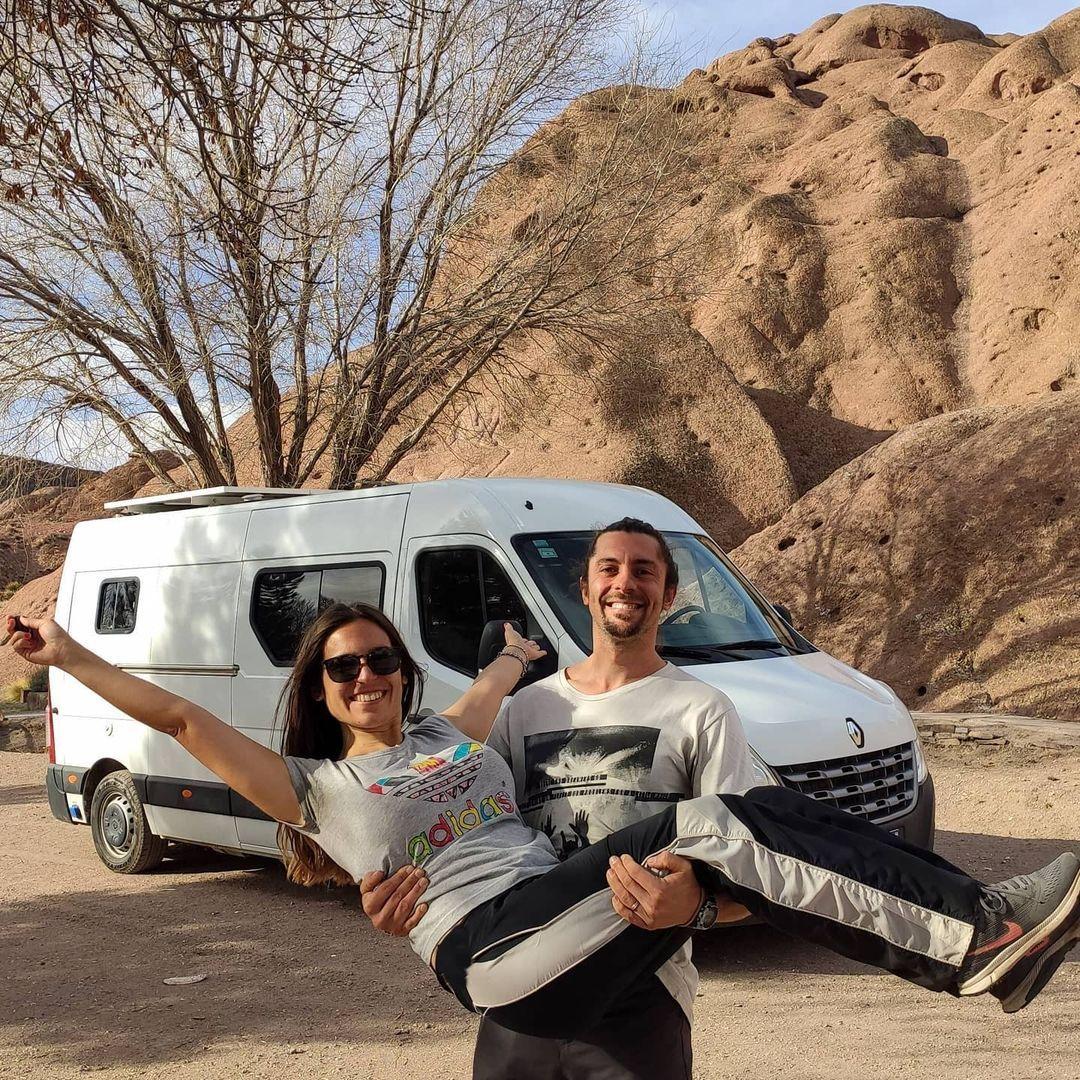 A través de la cuenta de Instagram @vivirenviaje_, Carolina y Mauricio comparten el día a día de su viaje por la Argentina
