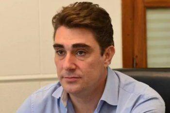 Javier Iguacel, intendente de Capitán Sarmiento, se puso la vacuna Sputnik V contra el Coronavirus,.