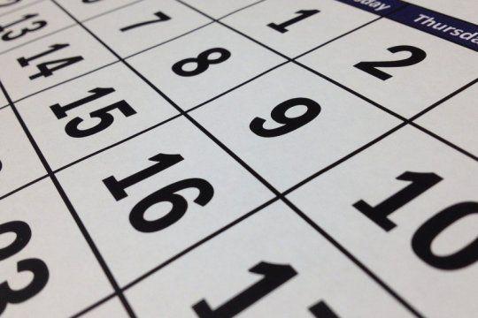 ¿hay feriado puente? asi quedo el calendario con los cambios por la cuarentena obligatoria