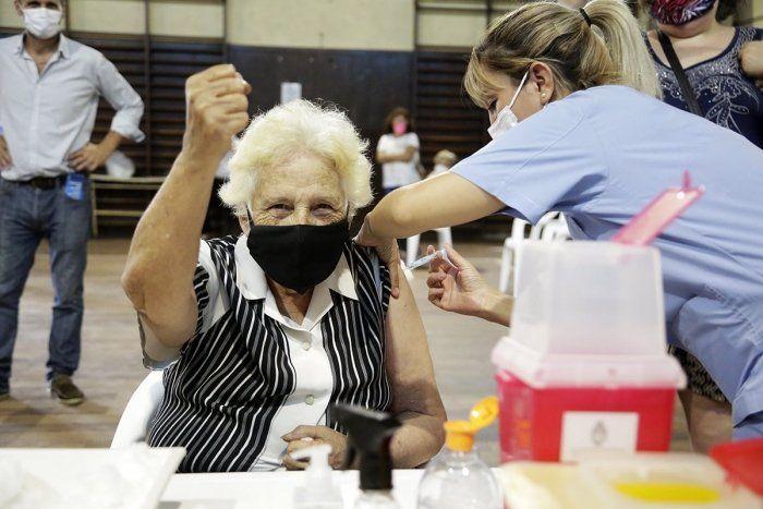 Bahía Blanca: 1 de cada 3 vecinos ya recibió la vacuna