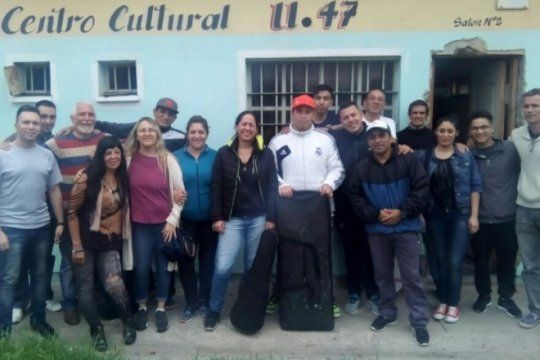 musica en la carcel: presos de la unidad 47 de san martin conforman una orquesta de camara