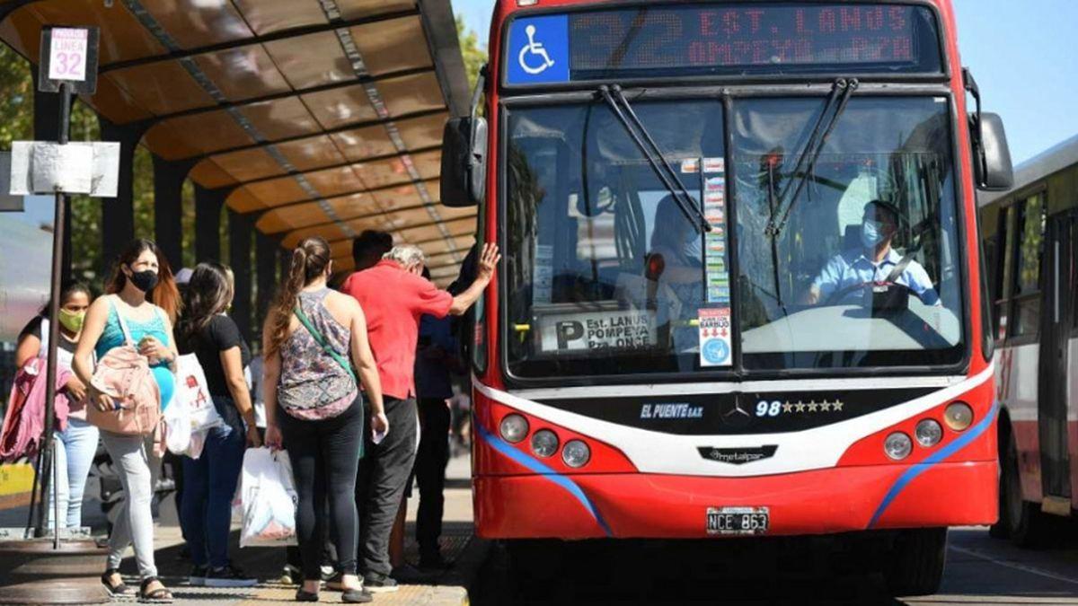 El Gobierno Nacional permitirá ampliar la cantidad de pasajeros que viajen en transporte público