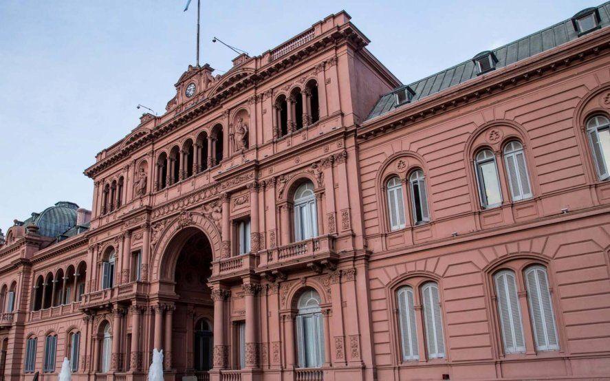 El Gobierno postergó el pago de hasta US$10.000 millones de deuda para 2021