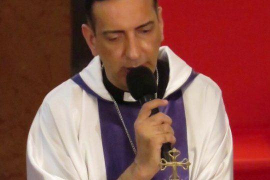 parezco una mucama boliviana: polemica por los dichos de un sacerdote de lanus