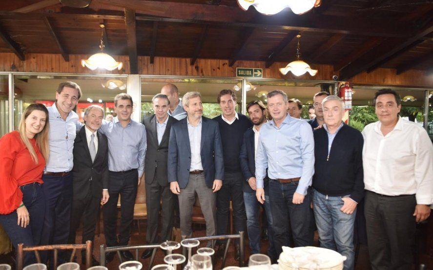 Reuniones entre intendentes del PRO para evaluar el efecto Pichetto en la Provincia