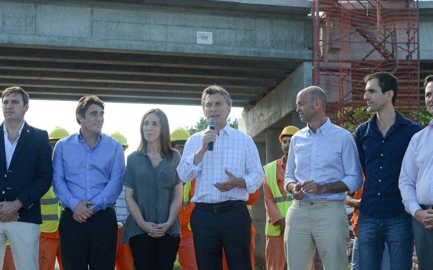 El intendente de Carmen de Areco pidió por la obra de la Ruta 7 y le pegó a Iguacel