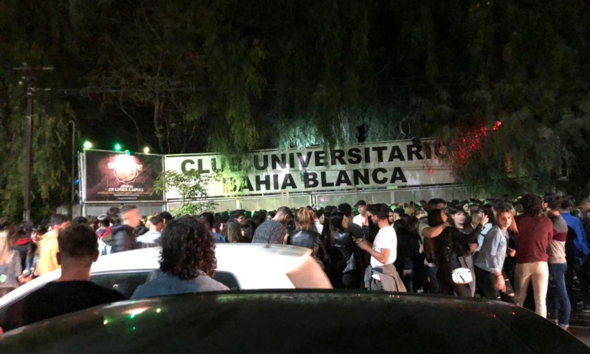 Les desbarataron la clandestina y quisieron seguir de joda: Caos en la noche de Bahía Blanca.