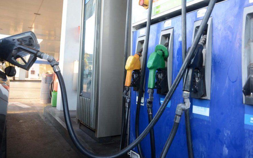 YPF aumentó 4,5% en promedio los precios de sus combustibles