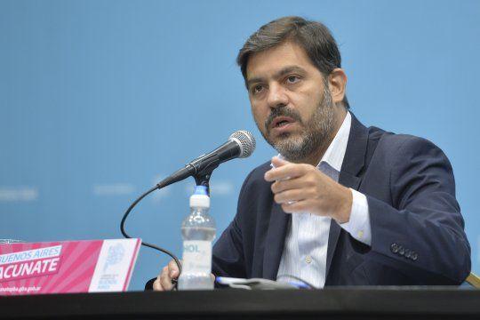 Carlos Bianco aseguró en conferencia de prensa que no existen vacunatorios VIP en la Provincia.
