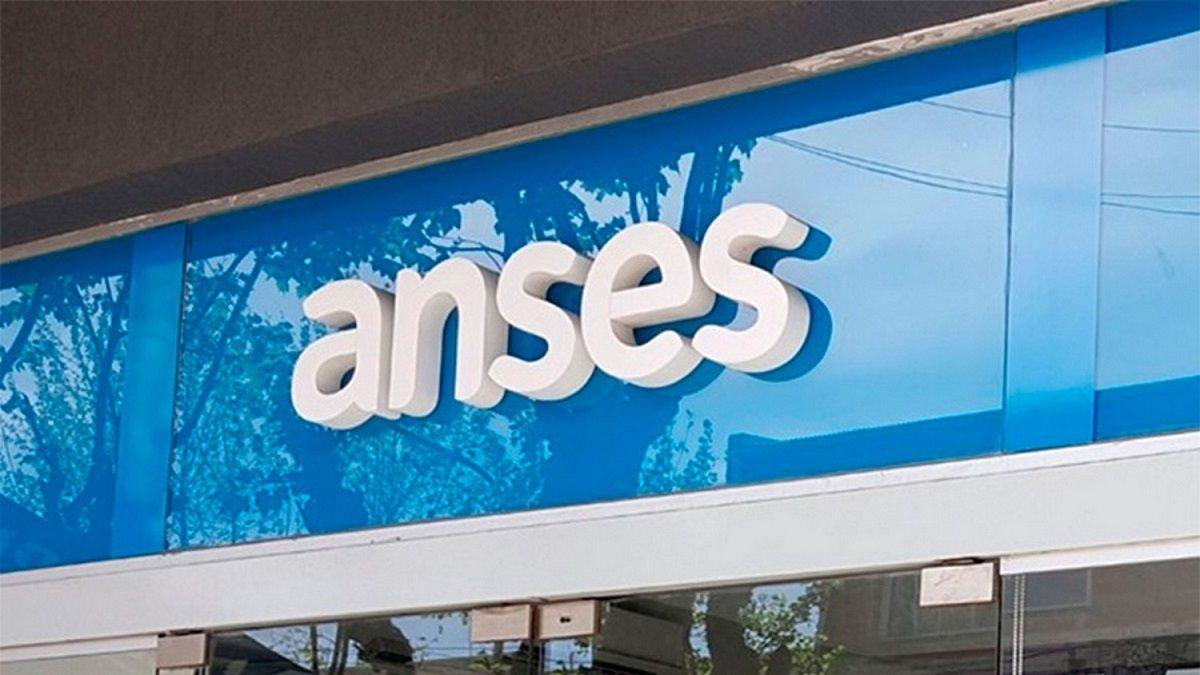 El calendario de pagos para jubilaciones y pensiones de Anses comienza este lunes.