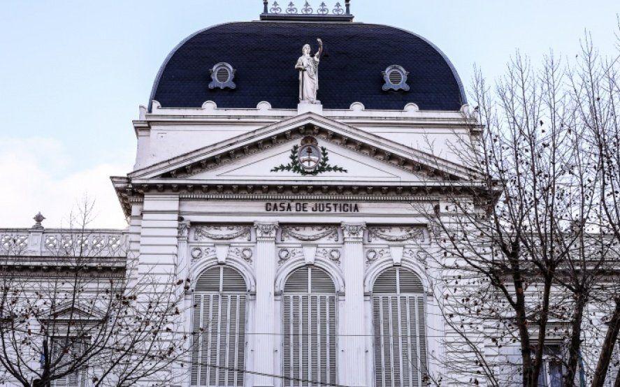 Durísimo cruce en la Corte: Un ministro sugirió que De Lazzari hace política con sus declaraciones