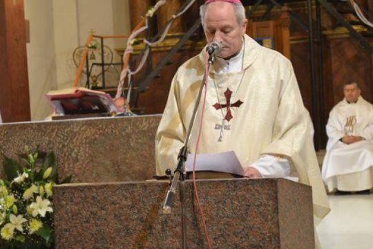 antes del encuentro en mar del plata, la pastoral social dijo: ?hay temas mas urgentes? que el aborto