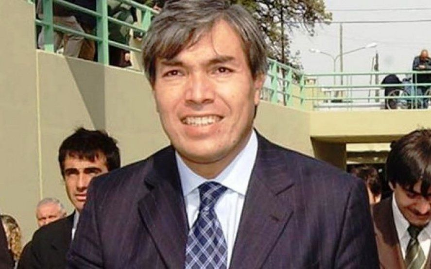 Allanaron la casa de un ex intendente de Quilmes acusado de enriquecimiento ilícito