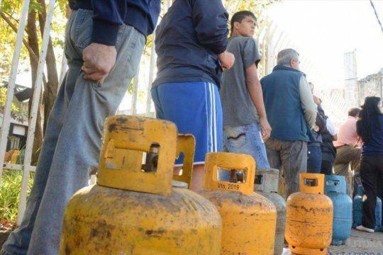 crisis real: por los tarifazos, 90 mil usuarios decidieron desconectar su instalacion de gas