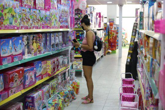 Ventas minoristas PYMEs se recuperan con repunte del consumo