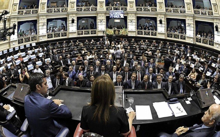 Apertura de sesiones: el momento en que Vidal le pidió perdón a los docentes