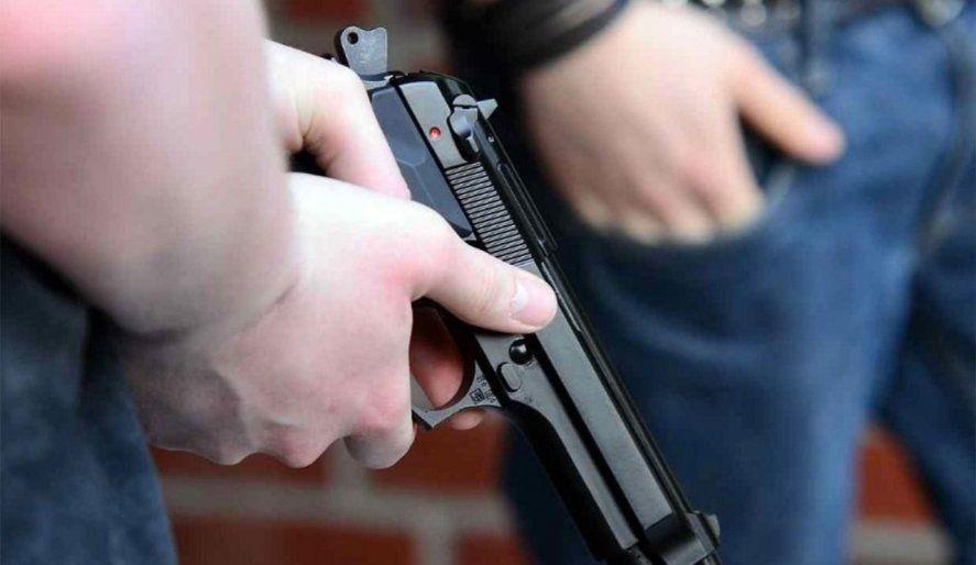 En el robo ocurrido en Luján actuaron dos encapuchados con armas de fuego