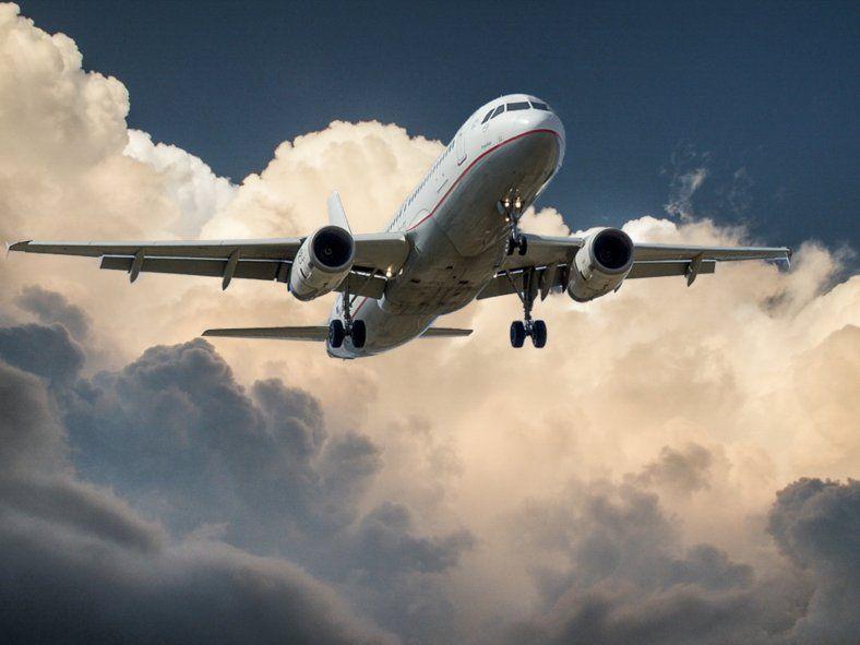 El Gobierno nacional anunció ayer el retorno de vuelos