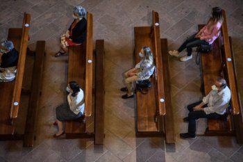 Los eventos religiosos podrán realizarse en lugares cerrados
