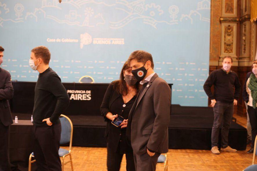 Teresa García reveló que los ministros de Axel Kicillof pusieron su renuncia a disposición.