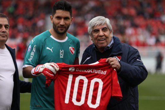 Otros tiempos: Campaña intimó a Independiente por una suma millonaria