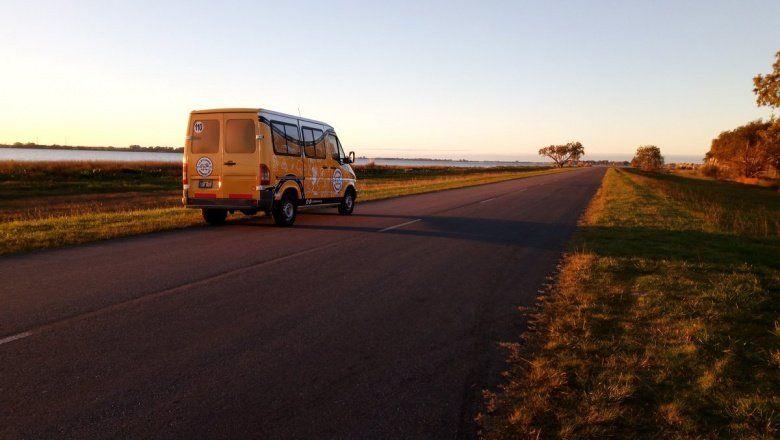 Llegó la bitcoineta, una camioneta que recorre la provincia difundiendo la moneda digital bitcoin
