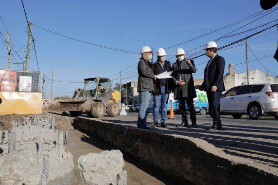 obras viales en provincia: avanza el paso bajo nivel en almirante brown